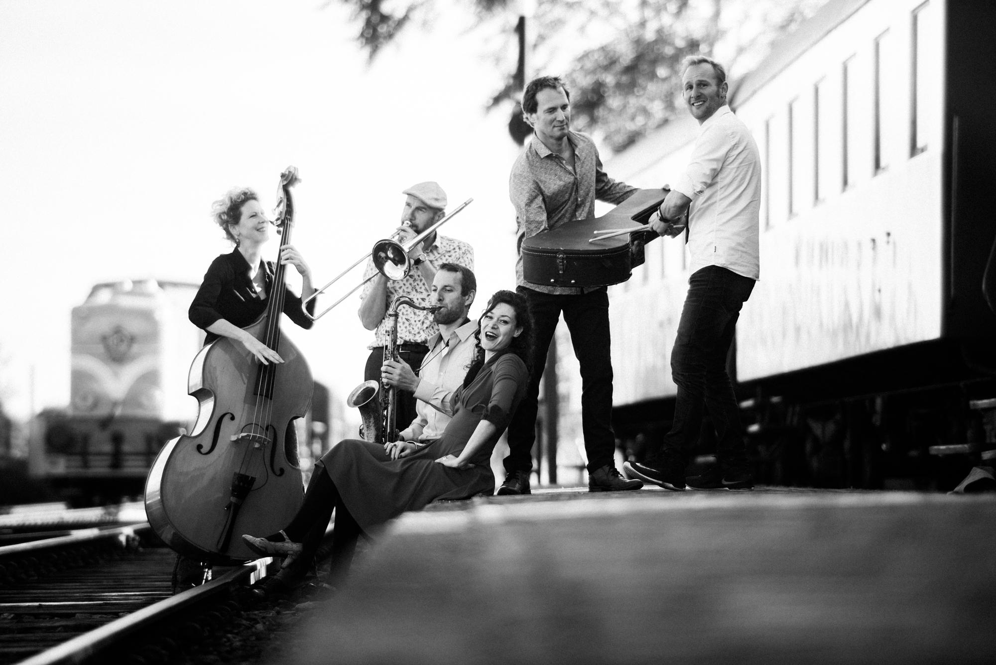 Jazz Track Liggend zw 38